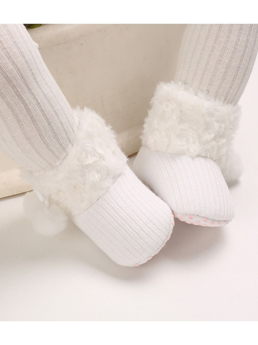 baby pom pom white boots 9 to 12 months